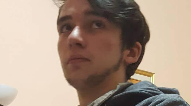 Si cerca Davide Marafon studente del Bernocchi di Legnano scomparso