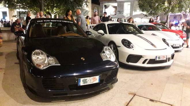 Le auto sportive invadono il centro di Legnano
