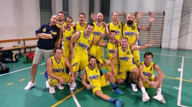 Siderea Basket Legnanosi aggiudica il primo derby.