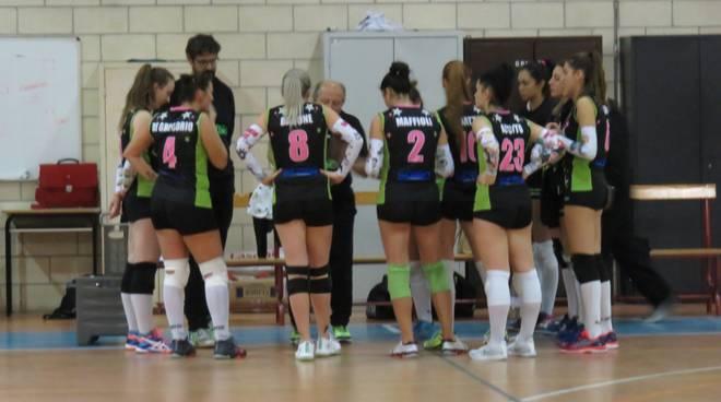 Gobbo Allestimenti Castellanza-Fast Man Service My Volley 2-3