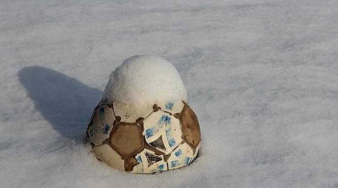 Pallone innevato