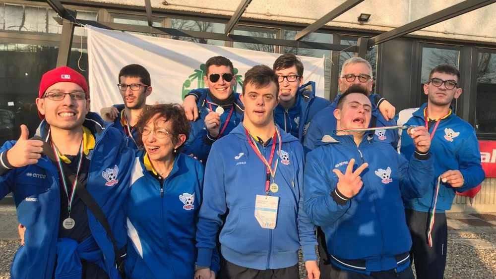 Pioggia di medaglie per la Special Arluno ai Regionali Special Olympics di Bowling di Nerviano