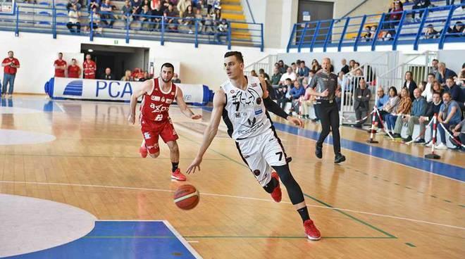 Bertram Tortona - Axpo Legnano 104-85