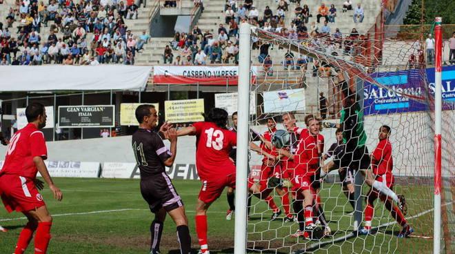 Varese-Legnano 0-1 Campionato Serie C2 gir. A 2006/17 La rete di Ambrosoni direttamente da calcio d'angolo