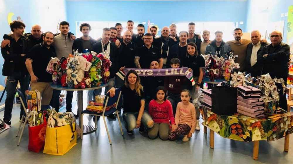 Boys e giocatori lilla in pediatria all'Ospedale di Legnano