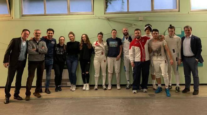 Gli olimpionici Marco Fichera e Andrea Santarelli in allemento con il Club Scherma Legnano