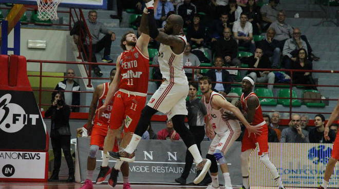 Knights Legnano-Benedetto XIV Basket Cento 95-82