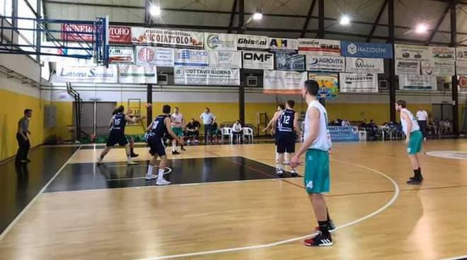 Mazzoleni Basket Team Pizzighettone - Overnet Puntoebasket Nerviano 71-63