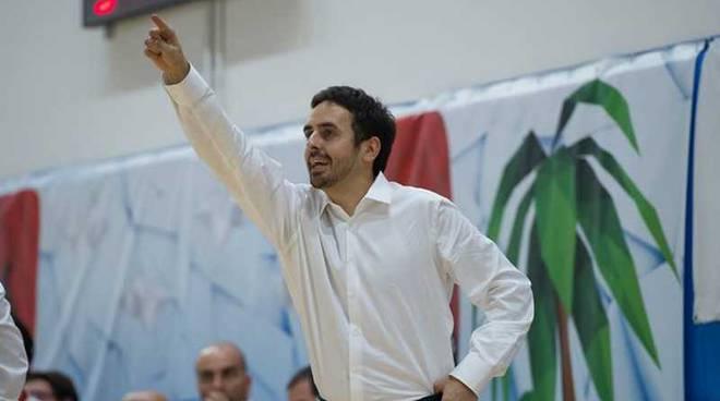 Andrea Mandrillo coach Nervianese Basket