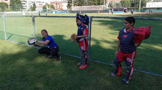Atlete softball collega USA a Legnano