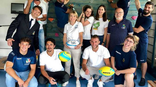 """""""Rugby in ospedale"""" con il Rugby Parabiago"""