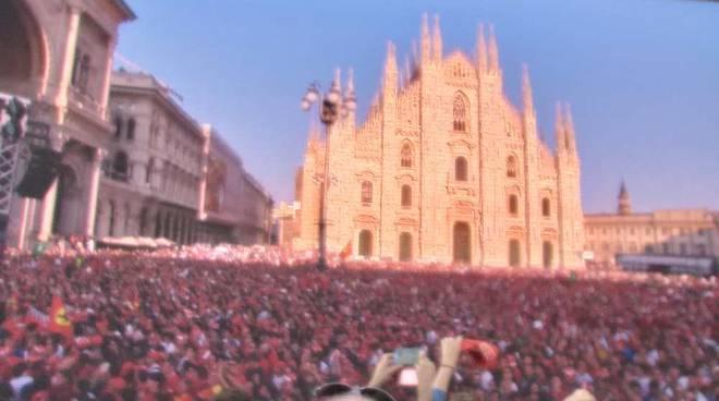#90AnniDiEmozioni Ferrari in Piazza Duomo