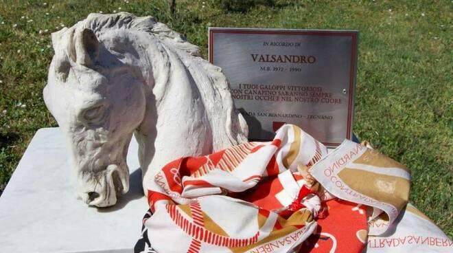 Contrada San Bernardino tour a Siena Valsandro Canapino