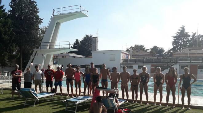 Gli Azzurri del nuoto si allenano a Legnano