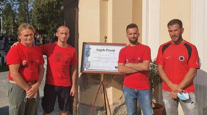 Tifosi Nazionale Albania funerali Mister Angelo Pereni