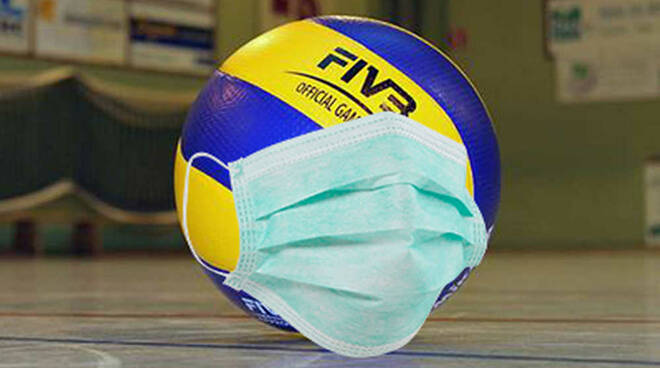 Pallone volley mascherina