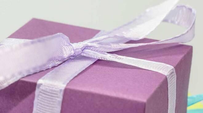 Pacco regalo lilla