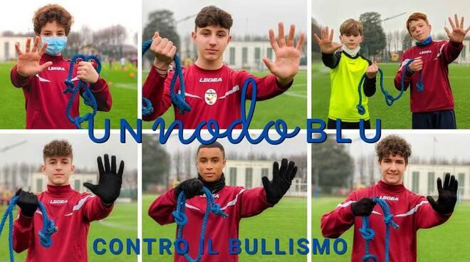 Nodo Blu Giornata contro il bullismo F.C. Parabiago