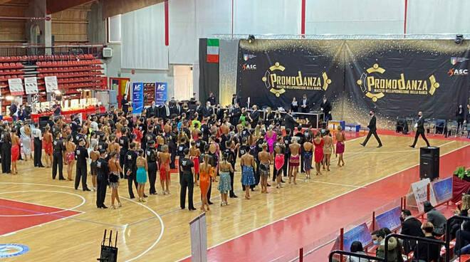 Italian Dance Tour PalaBorsani Castellanza